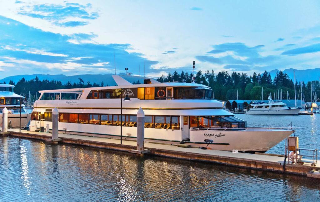 Magic Charm Yacht